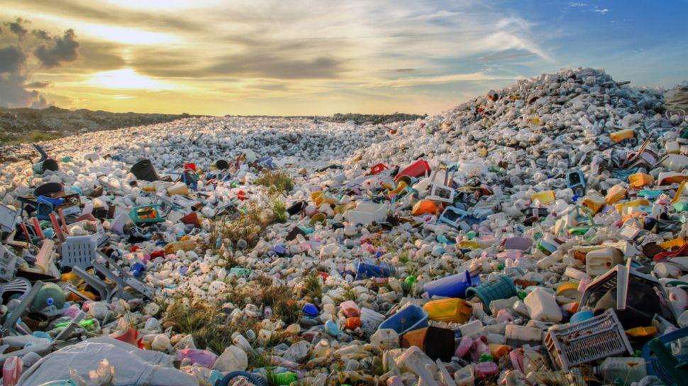 kerajinan dari bahan limbah plastik